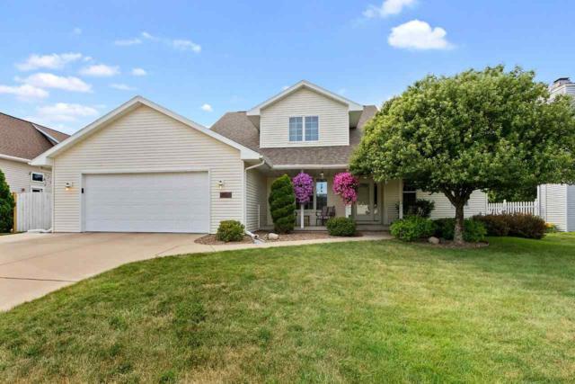 3932 E Ontonagon Lane, Green Bay, WI 54301 (#50207354) :: Todd Wiese Homeselling System, Inc.