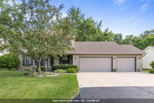 1029 Highland Park Road, Neenah, WI 54956 (#50207405) :: Dallaire Realty
