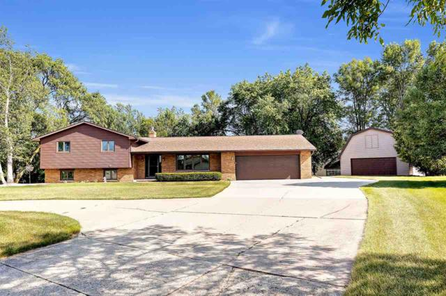 3562 Golf Drive, Green Bay, WI 54311 (#50207548) :: Dallaire Realty