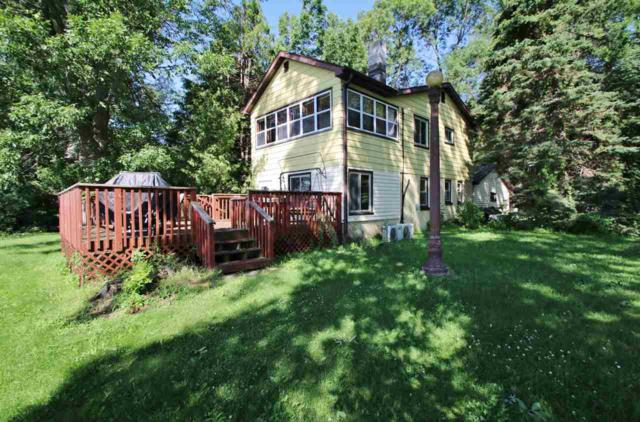 2190 Sampson Road, Little Suamico, WI 54141 (#50207601) :: Symes Realty, LLC