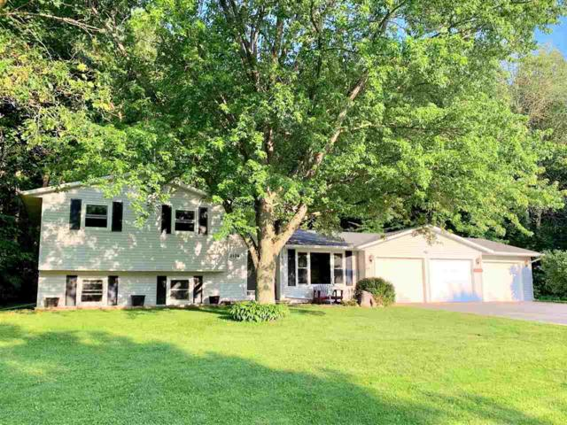3174 Carnoustie Way, New Franken, WI 54229 (#50207766) :: Todd Wiese Homeselling System, Inc.