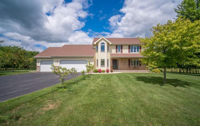N3770 River Road, Oakfield, WI 53065 (#50207981) :: Todd Wiese Homeselling System, Inc.
