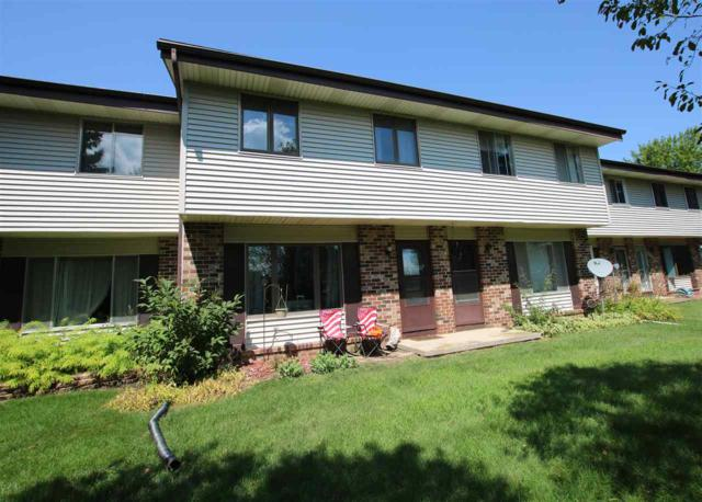876 Castle Road, Fond Du Lac, WI 54935 (#50208416) :: Dallaire Realty