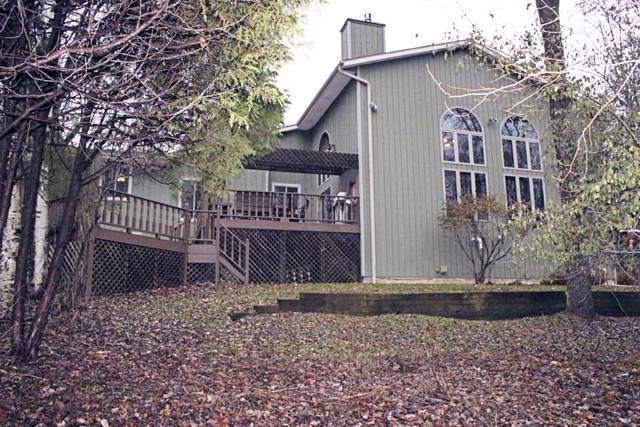 4443 Indian Trail, Green Bay, WI 54313 (#50209065) :: Todd Wiese Homeselling System, Inc.