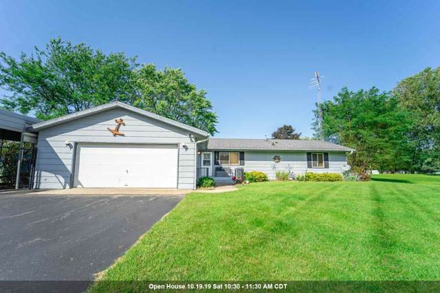W3776 Beyers Cove Road, Green Lake, WI 54968 (#50210246) :: Dallaire Realty