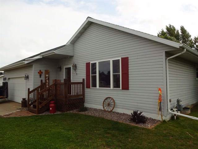 3910 Algoma Road, New Franken, WI 54229 (#50210692) :: Todd Wiese Homeselling System, Inc.