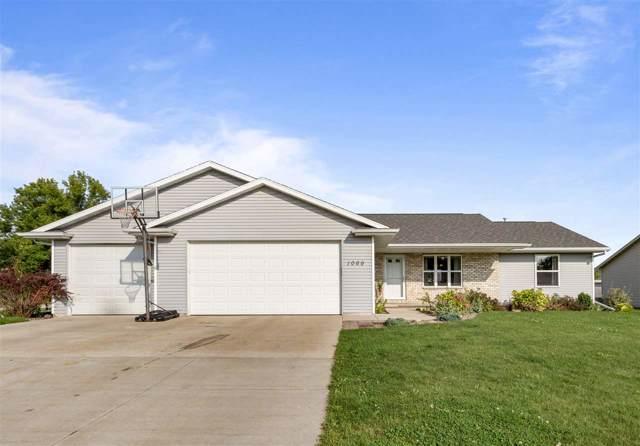 1069 Durham Lane, Menasha, WI 54952 (#50210695) :: Todd Wiese Homeselling System, Inc.