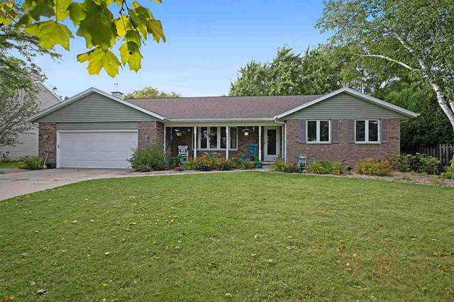 210 Nob Hill Lane, De Pere, WI 54115 (#50210758) :: Todd Wiese Homeselling System, Inc.