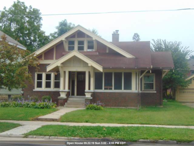 421 W Irving Avenue, Oshkosh, WI 54901 (#50210807) :: Todd Wiese Homeselling System, Inc.