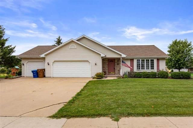 1416 Southfield Drive, Menasha, WI 54952 (#50210870) :: Todd Wiese Homeselling System, Inc.