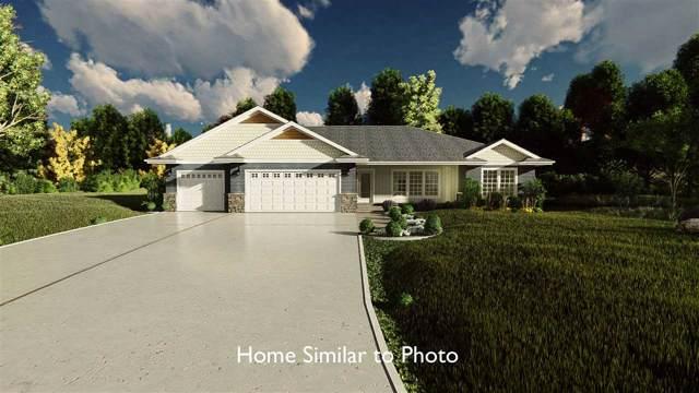 205 Tatonka Drive, Kewaunee, WI 54216 (#50211040) :: Todd Wiese Homeselling System, Inc.