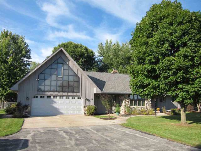 W6820 Wisconsin Avenue, Greenville, WI 54942 (#50211240) :: Todd Wiese Homeselling System, Inc.