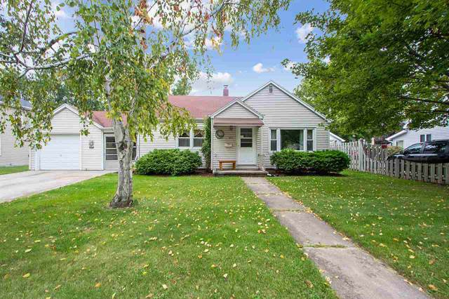 957 Grove Street, Neenah, WI 54956 (#50211348) :: Todd Wiese Homeselling System, Inc.