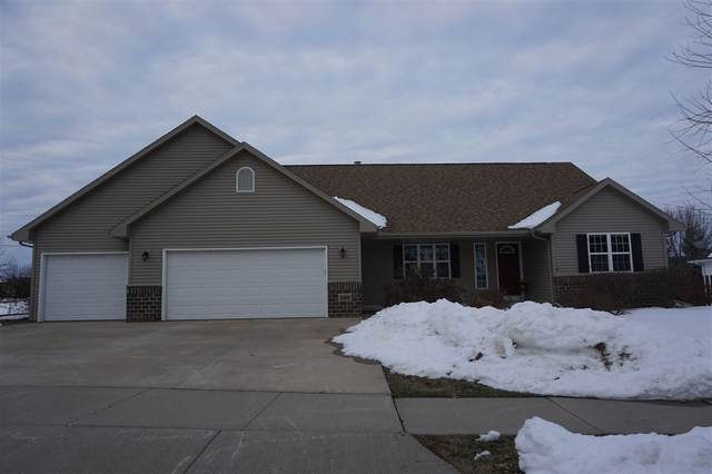 300 E Clearfield Lane, Appleton, WI 54913 (#50211362) :: Todd Wiese Homeselling System, Inc.