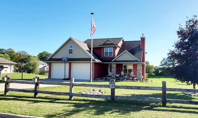 233 Ridgewood Drive, Gillett, WI 54124 (#50211375) :: Dallaire Realty