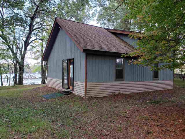 E1860 Nelson Road, Iola, WI 54945 (#50212015) :: Todd Wiese Homeselling System, Inc.