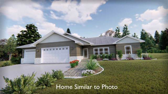 137 Whimbrel Way, Pulaski, WI 54162 (#50212098) :: Todd Wiese Homeselling System, Inc.