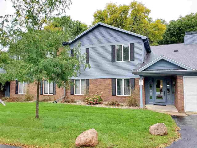 2945 Mossy Oak Circle, Green Bay, WI 54311 (#50212150) :: Symes Realty, LLC