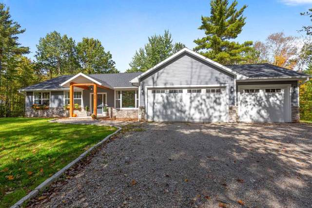 724 Maple Leaf Trail, Sobieski, WI 54171 (#50212174) :: Dallaire Realty
