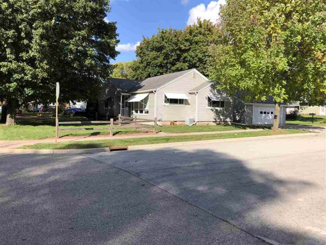 1044 S Lincoln Street, Shawano, WI 54166 (#50212345) :: Todd Wiese Homeselling System, Inc.