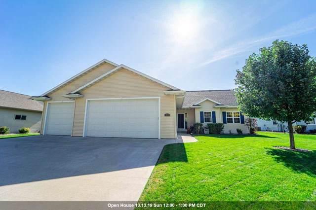 332 Castle Oak Drive, Neenah, WI 54956 (#50212458) :: Symes Realty, LLC