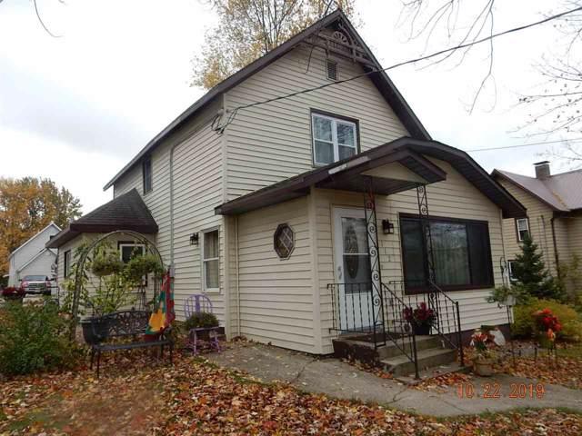 112 E Freeborn Street, Cecil, WI 54111 (#50212641) :: Dallaire Realty