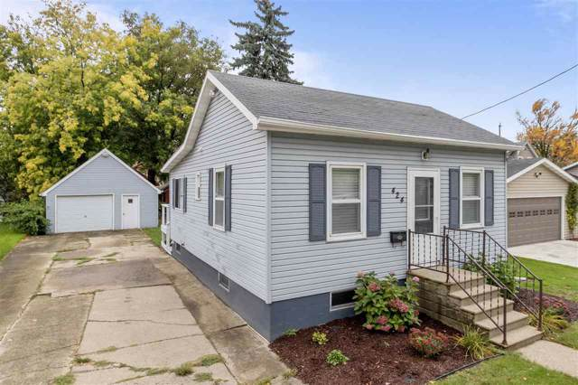 424 5TH Street, Neenah, WI 54956 (#50212650) :: Dallaire Realty