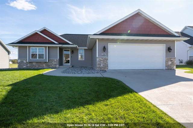 796 S Melcorn Circle, De Pere, WI 54115 (#50212674) :: Todd Wiese Homeselling System, Inc.