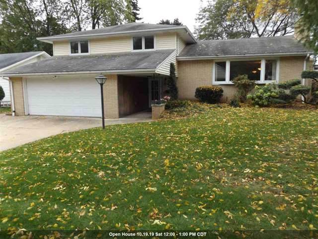525 W Pershing Street, Appleton, WI 54911 (#50212888) :: Todd Wiese Homeselling System, Inc.