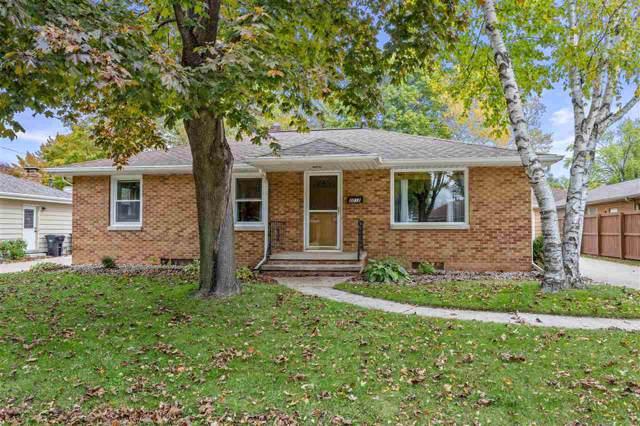 2012 N Mason Street, Appleton, WI 54914 (#50212904) :: Todd Wiese Homeselling System, Inc.