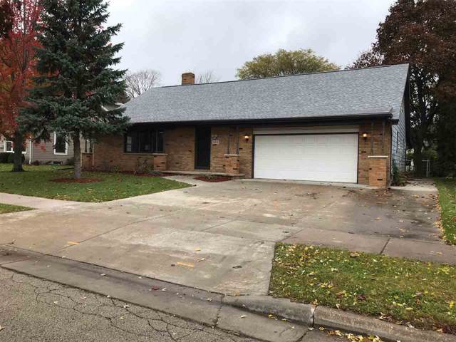 524 W Lindbergh Street, Appleton, WI 54911 (#50213097) :: Todd Wiese Homeselling System, Inc.