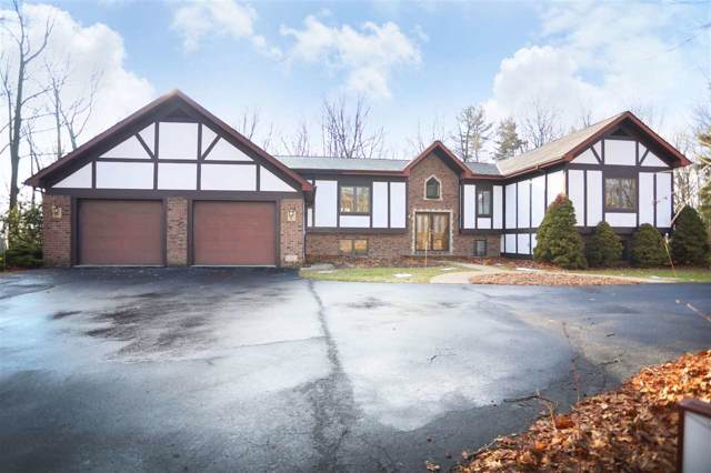 6727 Tall Oaks Road, Manitowoc, WI 54220 (#50213245) :: Symes Realty, LLC