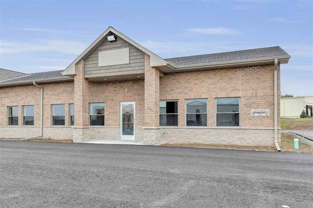 1680 Mid Valley Drive, De Pere, WI 54115 (#50213271) :: Todd Wiese Homeselling System, Inc.