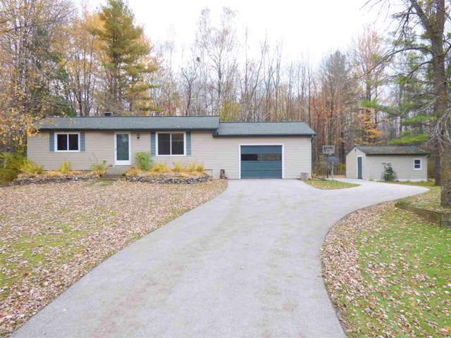 1381 Brown Road, Suamico, WI 54173 (#50213279) :: Todd Wiese Homeselling System, Inc.