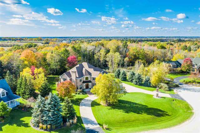 2520 Meadow Breeze Court, De Pere, WI 54115 (#50213356) :: Todd Wiese Homeselling System, Inc.
