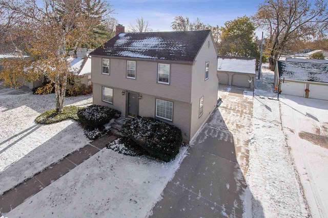 714 Ridgeway Boulevard, De Pere, WI 54115 (#50213504) :: Todd Wiese Homeselling System, Inc.