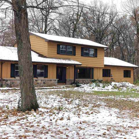 N4712 Maple Drive, Oakfield, WI 53065 (#50213563) :: Dallaire Realty