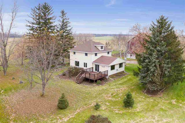 6324 County Road W, Greenleaf, WI 54126 (#50213712) :: Todd Wiese Homeselling System, Inc.