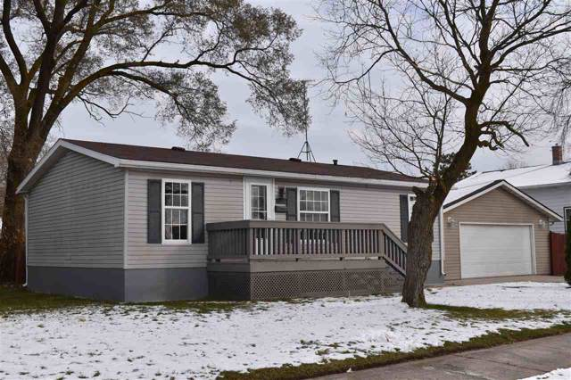2842 10TH Street, Two Rivers, WI 54241 (#50213800) :: Dallaire Realty