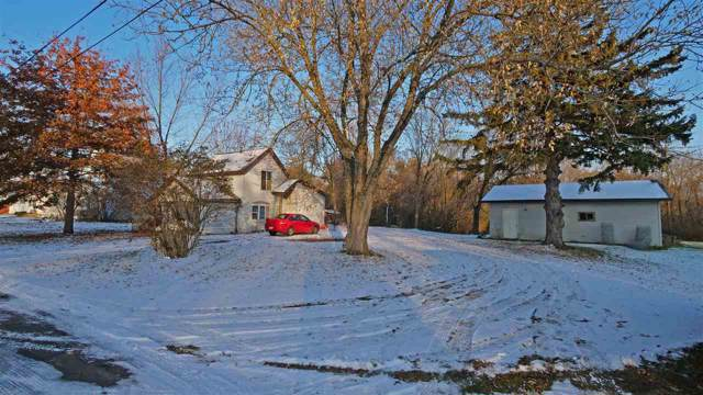 706 Holbeck Street, Waupaca, WI 54981 (#50213967) :: Dallaire Realty