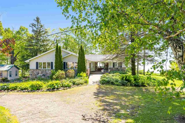 N2494 Lakeshore Drive, Kewaunee, WI 54216 (#50214084) :: Ben Bartolazzi Real Estate Inc