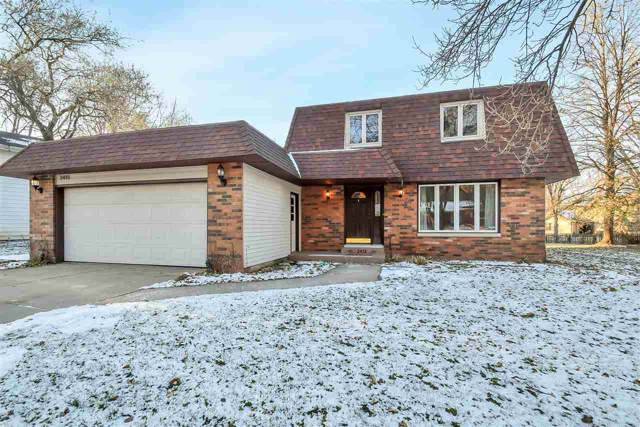 2415 Deer Trail, Green Bay, WI 54302 (#50214100) :: Todd Wiese Homeselling System, Inc.