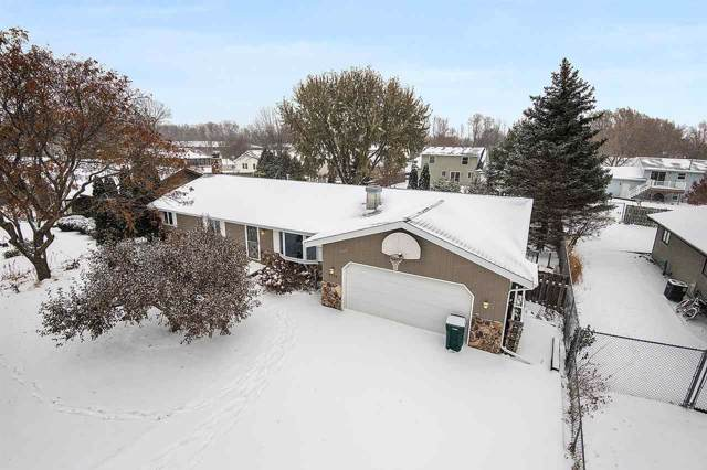 1714 N Mcintosh Drive, Appleton, WI 54914 (#50214128) :: Todd Wiese Homeselling System, Inc.