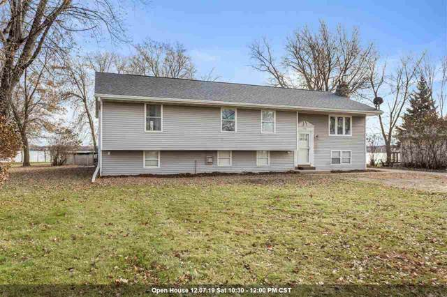 1749 Butte Des Morts Beach Road, Neenah, WI 54956 (#50214617) :: Dallaire Realty