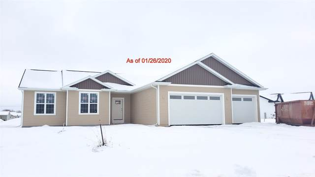 W2141 Wildflower Lane, Brillion, WI 54110 (#50214626) :: Todd Wiese Homeselling System, Inc.