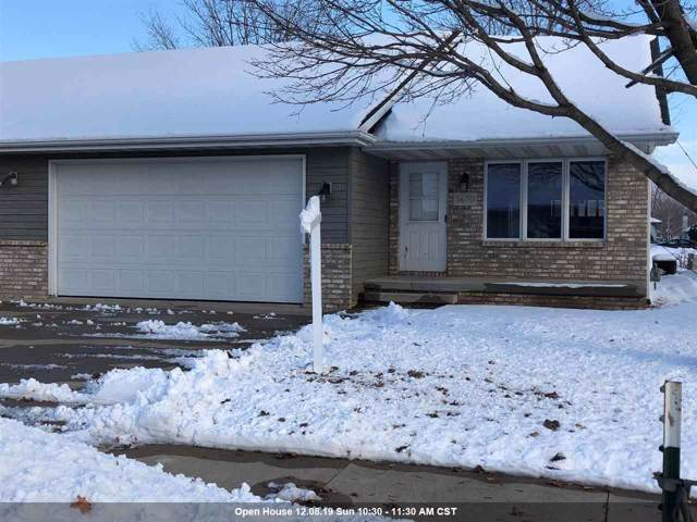 3670 N Terri Lane, Appleton, WI 54914 (#50214676) :: Dallaire Realty