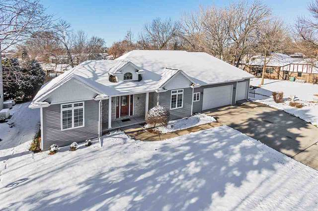 2641 Shorewood Drive, Oshkosh, WI 54901 (#50214680) :: Todd Wiese Homeselling System, Inc.