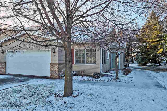 1502 Dickenson Court, Neenah, WI 54956 (#50214979) :: Todd Wiese Homeselling System, Inc.