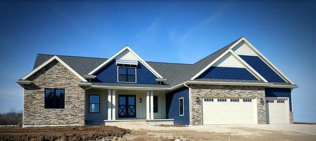 3958 Gladiator Lane, De Pere, WI 54115 (#50215060) :: Todd Wiese Homeselling System, Inc.