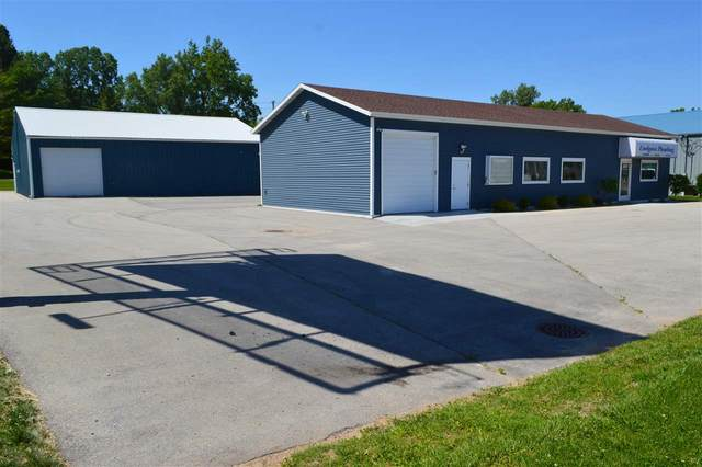 2670 N Packerland Drive, Green Bay, WI 54303 (#50215233) :: Todd Wiese Homeselling System, Inc.